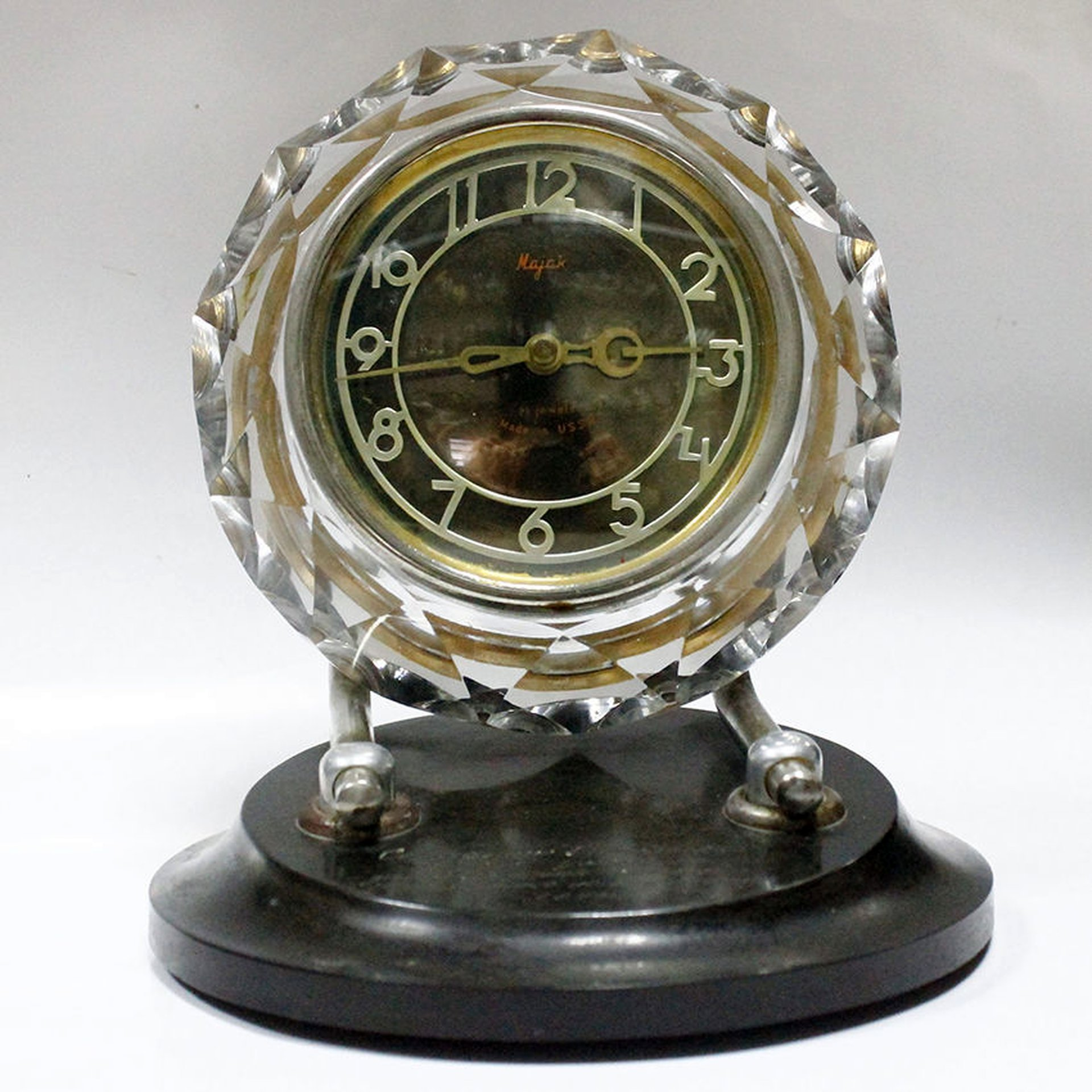 Стоимость старинные советские часы район часа 24 красносельский ломбард